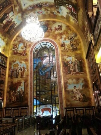 The Heavenly Cathedral : Depicting bible story