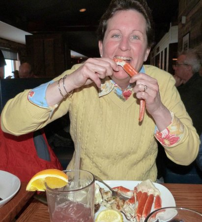 Red Lobster: CRAB LEGS & SCALLOPS BUILD YOUR OWN COMBO