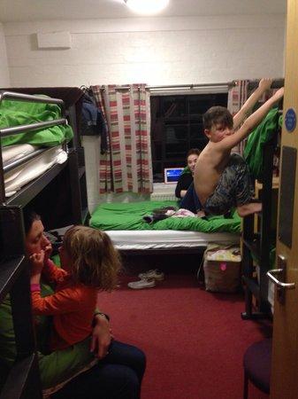 YHA Ironbridge Coalport: Family room bedtime.