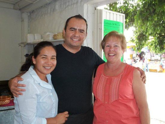 Catrina De Mis Sabores: The owner insisted we get a picture together
