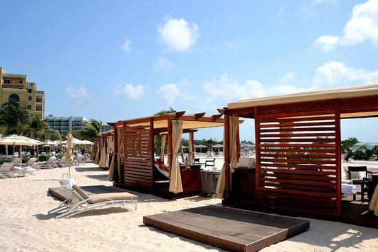 Locationphotodirectlink G147249 D4996021 I94232061 The_ritz_carlton_aruba Palm_eagle_beach_aruba on L Excellence Miami Beach