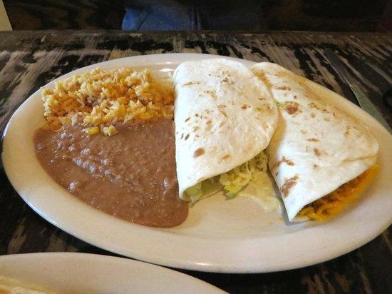Los Comales Mexican Restaurant: Terrific food
