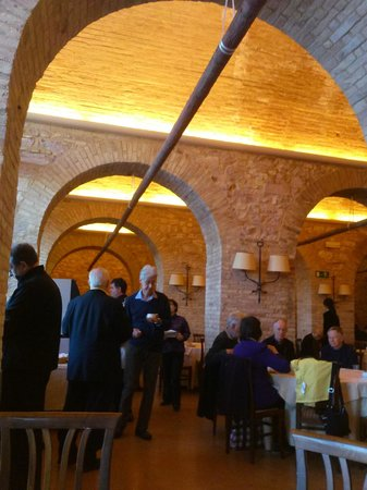 Hotel Giotto Assisi: The Dining Room, as charming as the food!