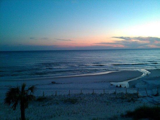 Ocean Reef Condominiums : Sunset