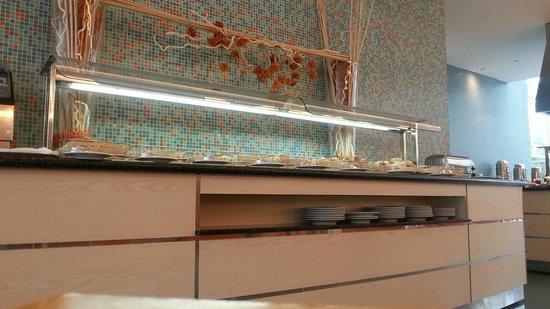 SANA Malhoa Hotel: petit déjeuner