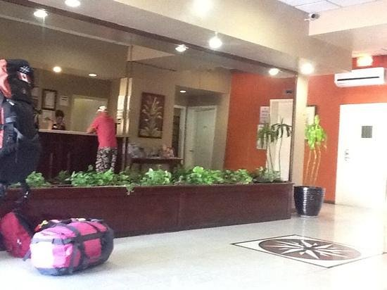 Junkanoo Beach Resort : lobby