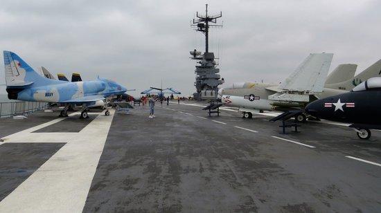 USS LEXINGTON: Flight Deck