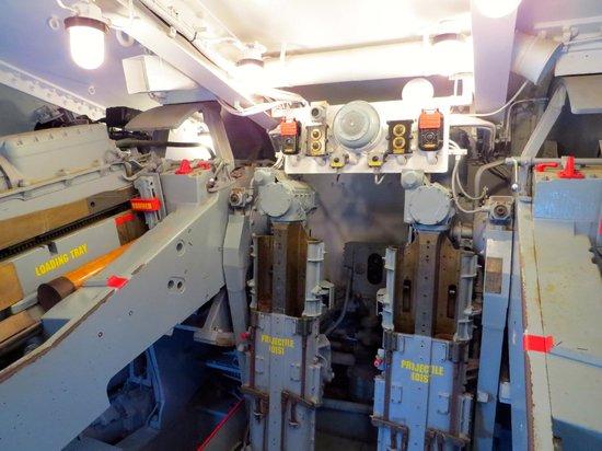 USS LEXINGTON: Inside Gun Turret