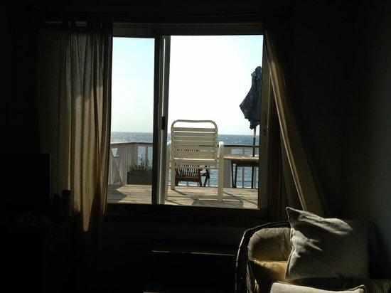 The Beach House: Door to rooftop balcony in room D
