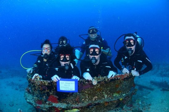 Ocean Explorers Dive Center : Family Memories