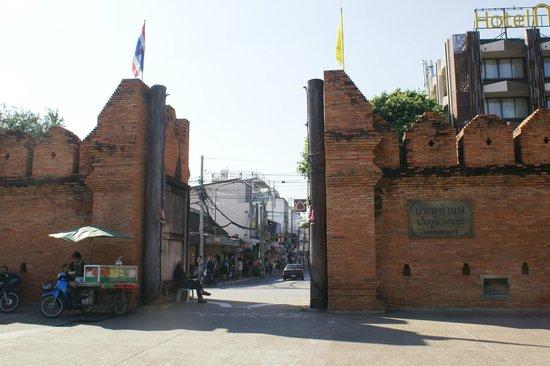 Tha Phae Gate: The gate