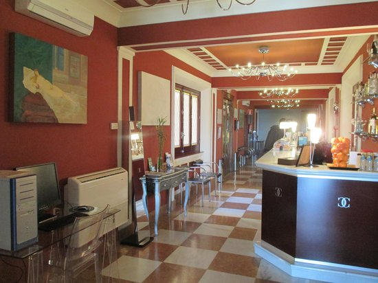 Hotel Carlos V: Lobby