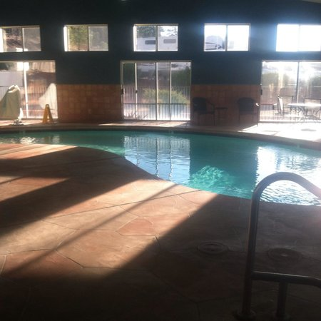 Days Inn Williams: Pool area