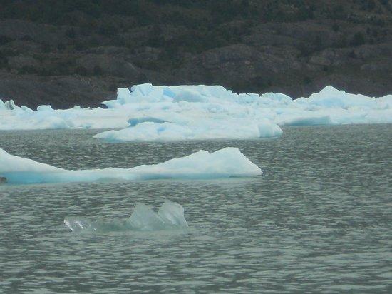 Upsala Glacier: Tempanos - impresionantes