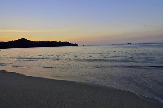 The Westin Golf Resort & Spa, Playa Conchal: Sunset on the Beach