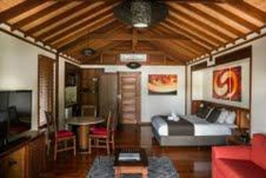 Seabreeze Tourist Park Airlie Beach : Fully self contained Bali villas