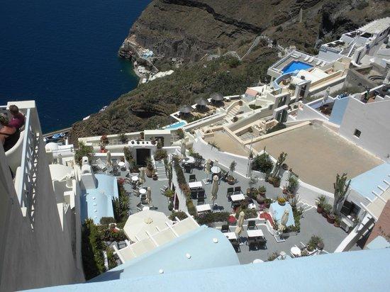 Hotel Kavalari : Looking down at the breakfast area