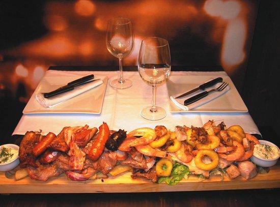 Alvor Wine: TAPAS - Assorted Meat