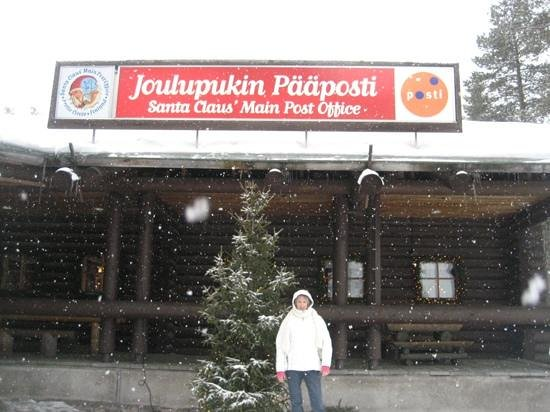 Santa Claus Holiday Village: Post Office