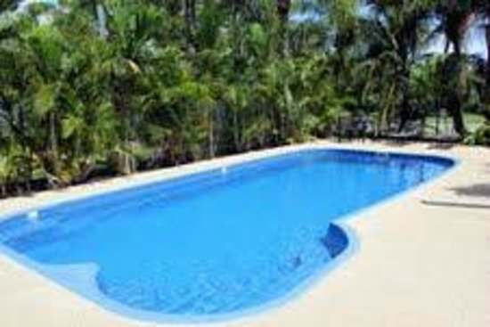 Seabreeze Tourist Park Airlie Beach: Swimming Pool-Salt water