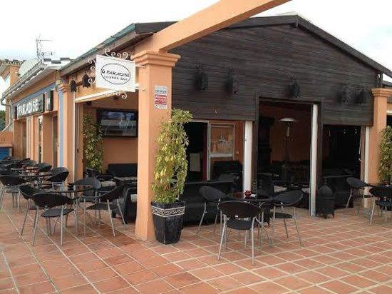 Terraza y billar picture of o paradise bar lounge sitio for Terraza bar