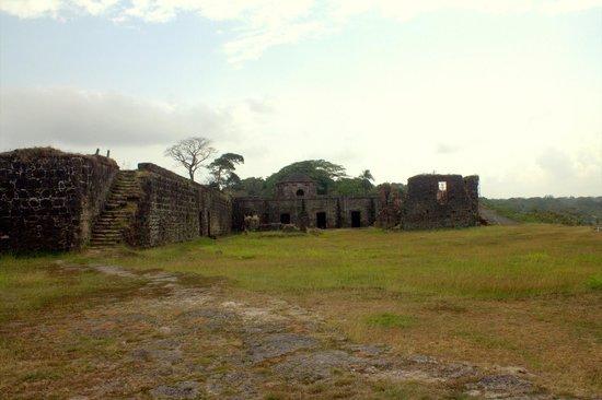 Fuerte de San Lorenzo: More ruins