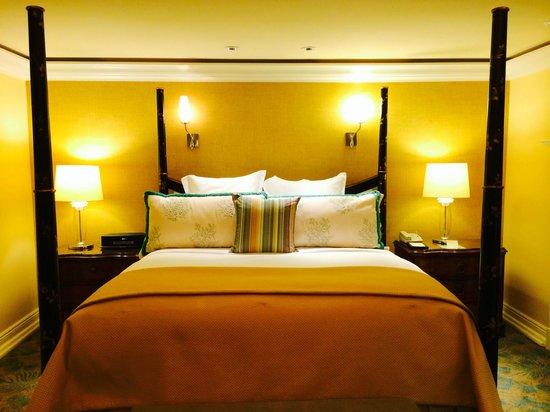 The Ritz-Carlton Orlando, Grande Lakes: The Bed 1524