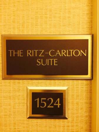 The Ritz-Carlton Orlando, Grande Lakes : Suite 1524
