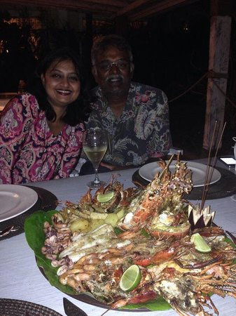 Kukua Beach Club: Seafood platter.