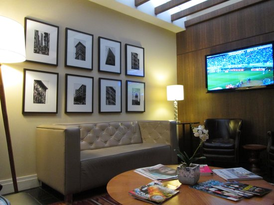 Hotel Porto da Ilha: Sala de Tv