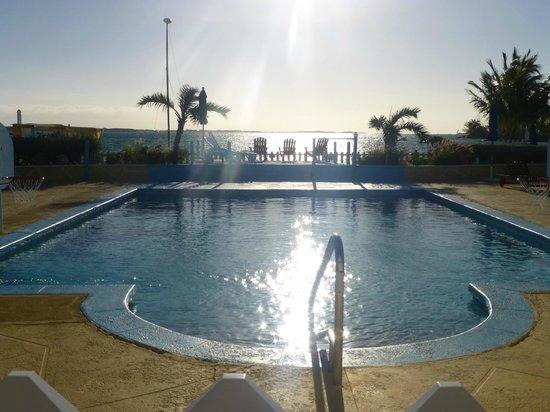 Hideaways at Palm Bay: Main pool