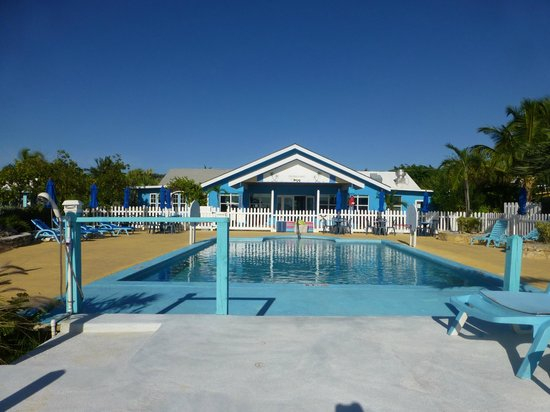 Hideaways at Palm Bay: Pool