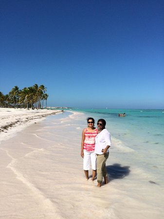 Little John: White sand beach with blue waters.