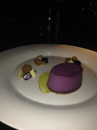 The Ledbury: Dessert time