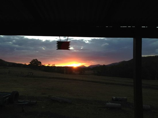 Bestbrook Mountain Resort : Saturday Night Sunset from Cabin 10