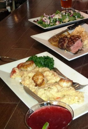 Laconia Local Eatery: scallops, fillet, and candied cranberries salad