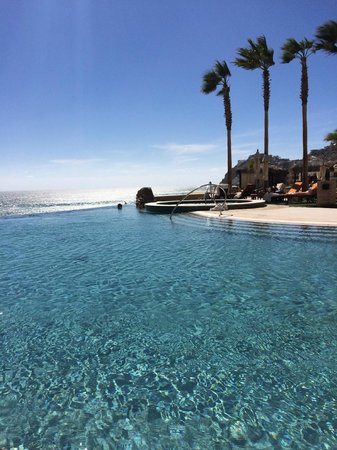 Grand Solmar Land's End Resort & Spa : one of the pools