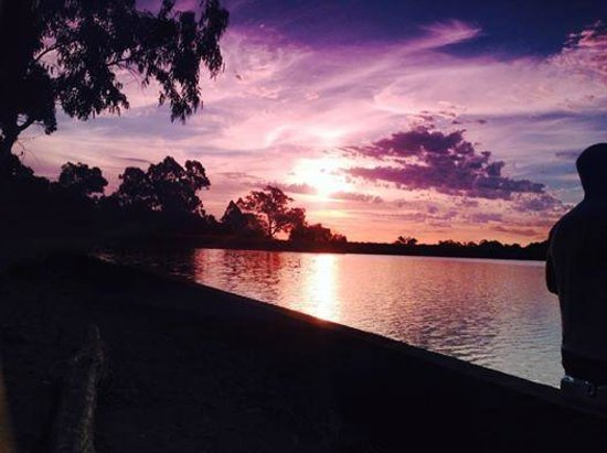 Burekup, Austrália: sunsetting