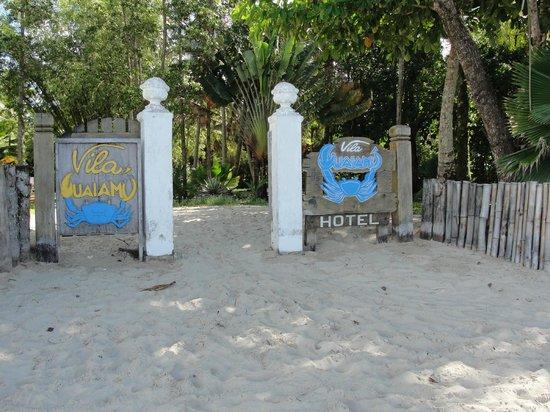 Villa Guaiamu Hotel: Portão de entrada