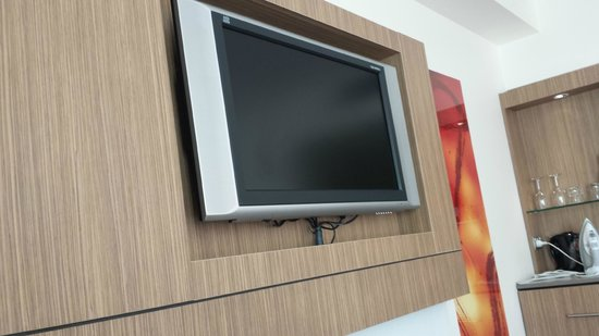 Novotel Sydney Olympic Park: flat screen tv