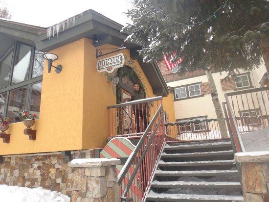 Lift House Lodge: Entrance