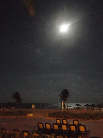 The Royal Haciendas All Suites Resort & Spa: Full moon over the beach