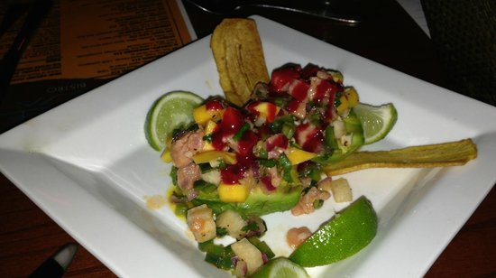 Table Mesa Bistro: The salmon and tuna ceviche with jicama served over avocado
