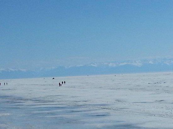 Lake Baikal: Замерший Байкал