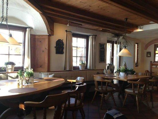 Dorfkrug - Gasthof . Restaurant . Appartements: Interior
