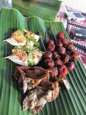 Isla Naburot: some of our breakfast