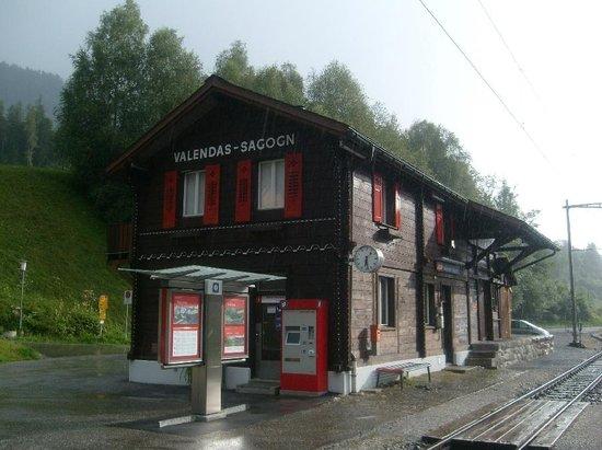Aussichtsplattform Il Spir Conn: Valendas-Sagong Station