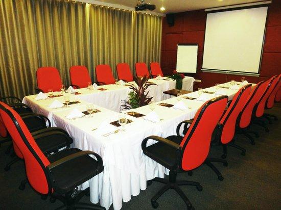 hotel celeste meeting room u shape style - U Shape Hotel Decoration