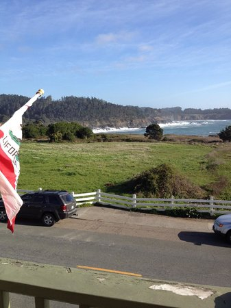 Mendocino Hotel and Garden Suites : view from deck