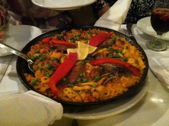 Jamon Iberico Pata Negra Restaurant : Paella